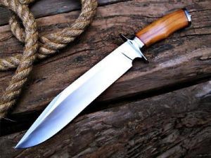 Top 7 Best Bowie Knives of '2019' - Reviews and ADVANCED Buyer's Guide
